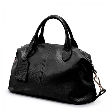 Črna mehka športna torbica