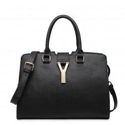 Stylish leather shoulder bag pink